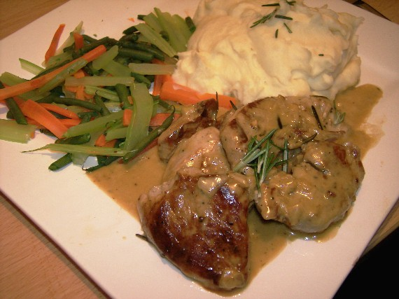Pork with stilton and cider