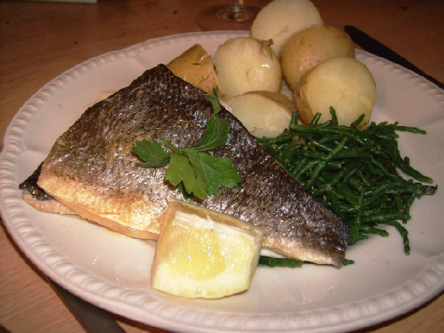 sea bream with potatoes and samphire
