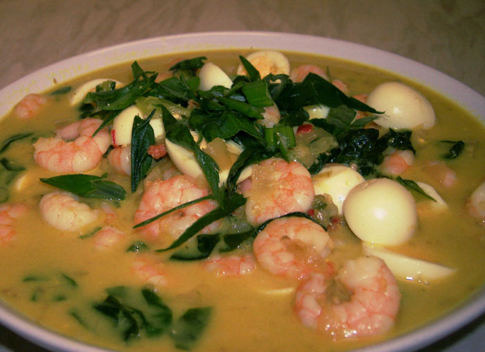 prawn and quail egg curry